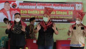 Warga Dairi Lapor ke Anggota DPR RI Bob Mamana Terkait Bedah Rumah – Hingga Subsidi Kuota Internet
