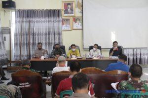 Pemkab Pesibar Bahas Penerapan Pembatasan Kegiatan Masyarakat Berbasis Mikro (PPKM)